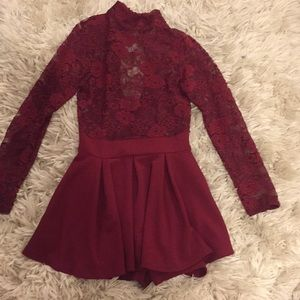 WINDSOR size small wine colored dress lace